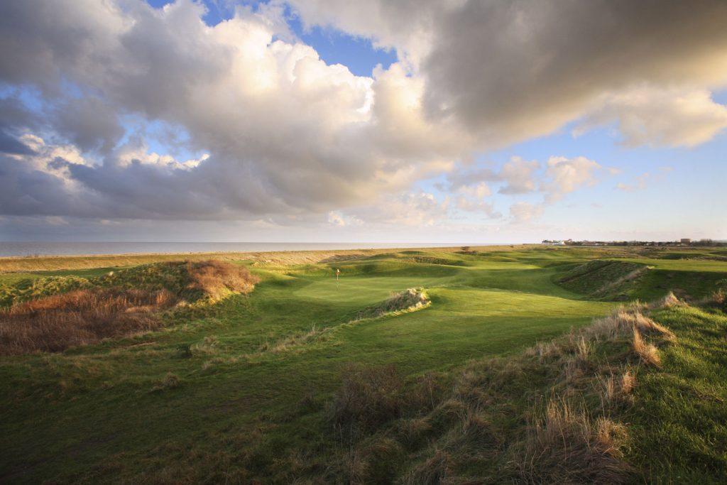 Golf in England - Royal CInque Ports Golf Club
